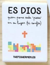 """Imán de cerámica - Es Dios quien pone cada """"pieza"""" en su lugar"""