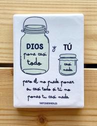 Imán de cerámica - Dios lo...